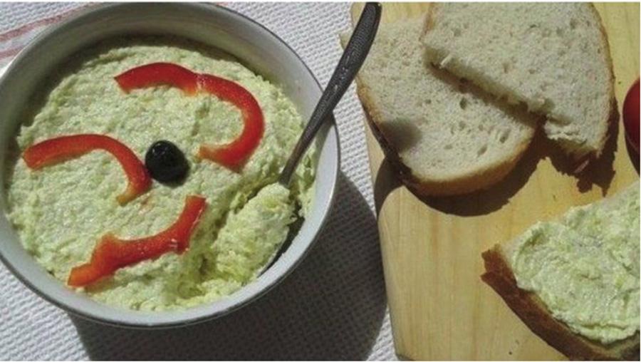 Salată de dovlecei. Usor de facut si foarte gustoasa