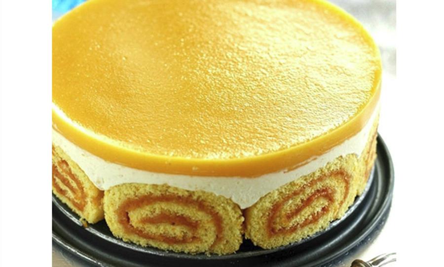 Tort Charlotte cu brânză și jeleu de piersici. Un desert deosebit