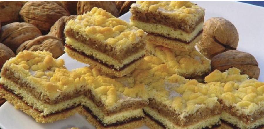 Prăjitură fragedă cu gem și cremă de nuci – Este o prăjitură ușor de pregătit, cu ingrediente la îndemână